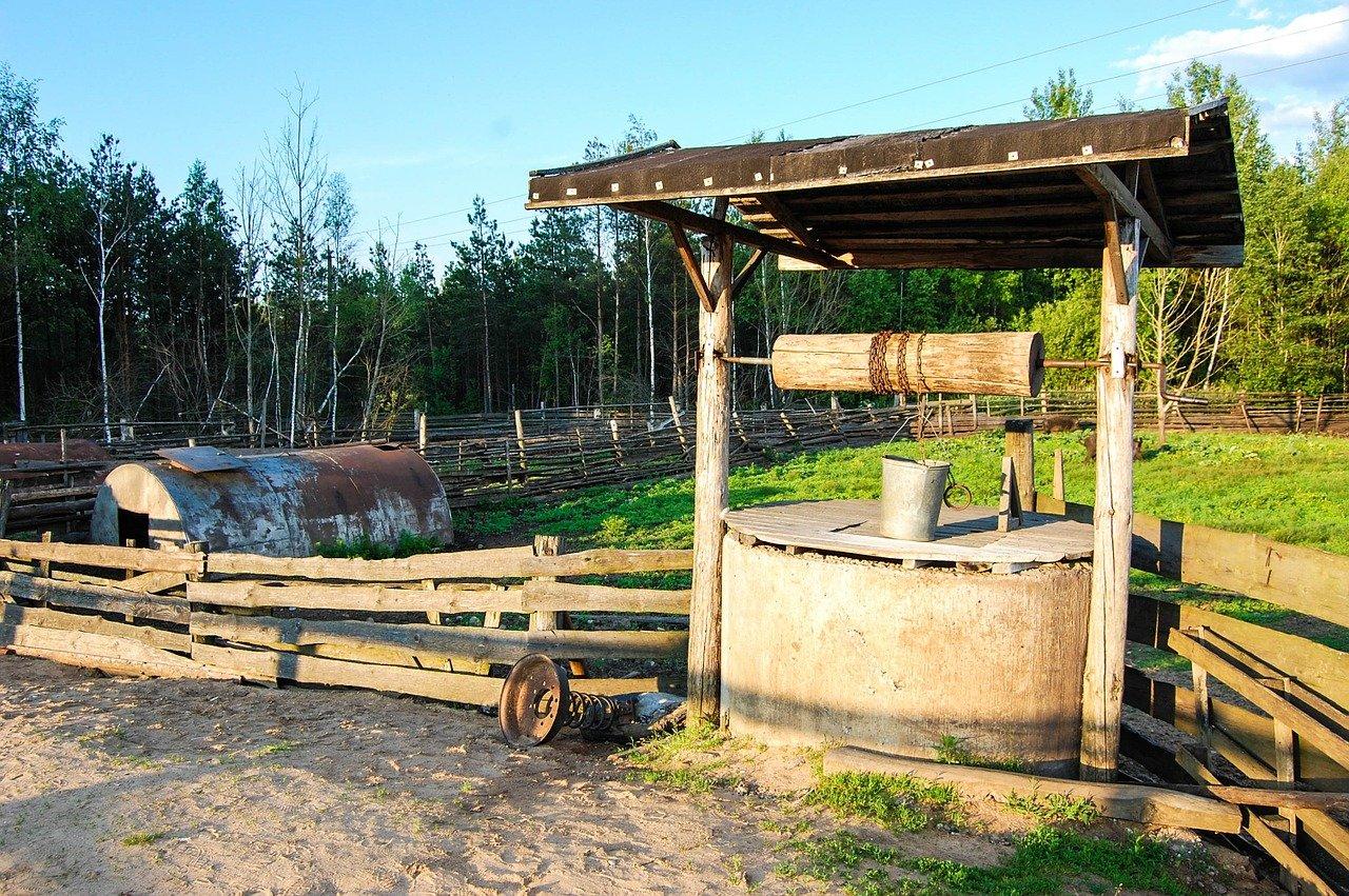 Studna na venkově