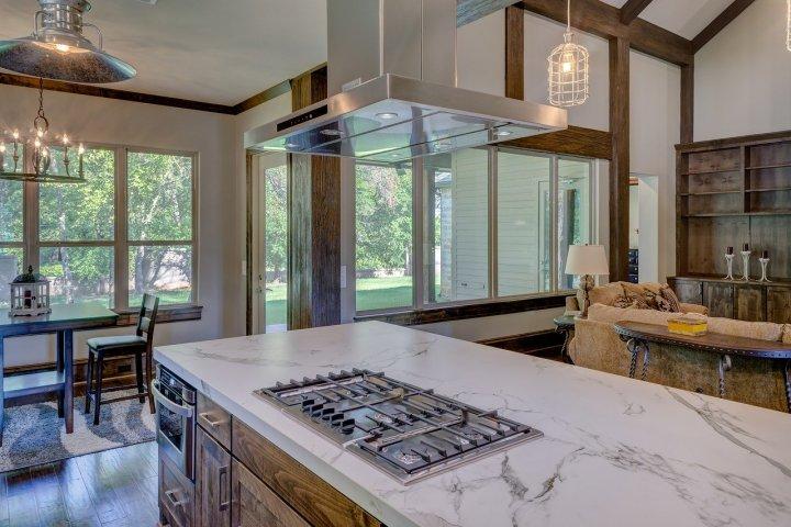 Jak vybrat digestoř do vaší kuchyně