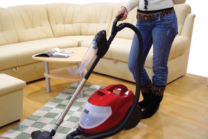 Jak pečovat o koberec, aby vypadal dlouho jako nový?