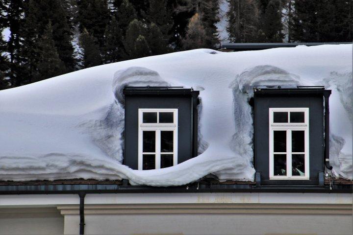 Jak pečovat o dům během zimních měsíců