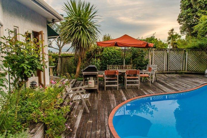 Zahradní bazén - osvěžení v soukromí