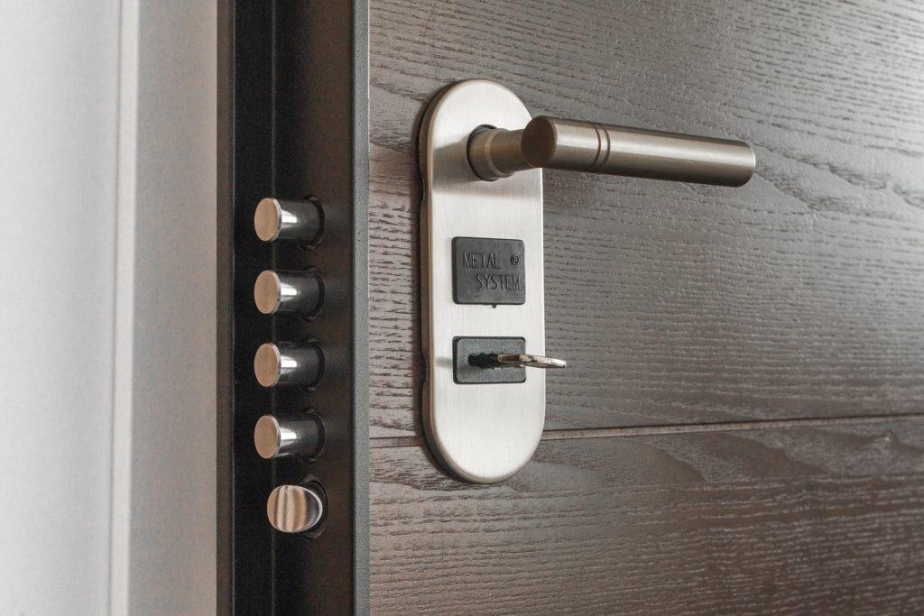 Kvalitní dveře jsou základ