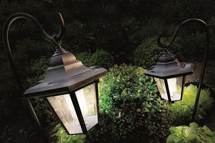 Solární svítidla rozzáří vaši zahradu i po setmění